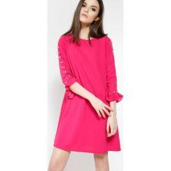 Fuksjowa Sukienka Womans Needs. Różowe sukienki mini marki other, uniwersalny. Za 59,99 zł.