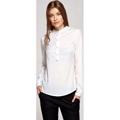 Bluzki damskie: Ecru Koszulowa Bluzka Polo z Niską Stójką