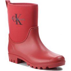 Kalosze CALVIN KLEIN JEANS - Philippa RE9811  Scarlet. Czerwone buty zimowe damskie Calvin Klein Jeans, z jeansu. Za 509,00 zł.
