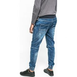 Medicine - Jeansy Let's Rebel. Niebieskie jeansy męskie z dziurami marki MEDICINE. W wyprzedaży za 79,90 zł.