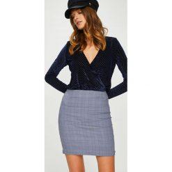 Answear - Spódnica FEMIFESTO. Szare minispódniczki ANSWEAR, l, z bawełny, dopasowane. W wyprzedaży za 79,90 zł.