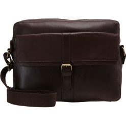 Pier One Torba na ramię dark chocolate. Brązowe torby na ramię męskie marki Pier One. W wyprzedaży za 288,15 zł.