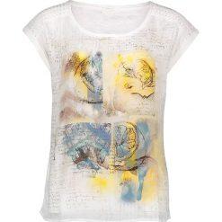 Koszulka w kolorze białym ze wzorem. Białe bluzki z odkrytymi ramionami Taifun, z nadrukiem, z okrągłym kołnierzem, z krótkim rękawem. W wyprzedaży za 86,95 zł.