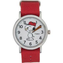 Timex PEANUTS WEEKENDER CHARLIE BROWN Zegarek red. Czerwone, analogowe zegarki damskie Timex. Za 299,00 zł.