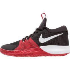 Nike Performance ZOOM ASSERSION Obuwie do koszykówki black/pure platinum/gym red. Brązowe buty sportowe męskie marki N/A, w kolorowe wzory. W wyprzedaży za 209,30 zł.