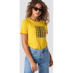 T-shirty damskie: Astrid Olsen x NA-KD T-shirt Tomboy - Yellow