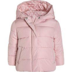 GAP CLASSIC WARMEST  Kurtka zimowa tiny heart white. Czerwone kurtki dziewczęce GAP, na zimę, z materiału. W wyprzedaży za 239,20 zł.