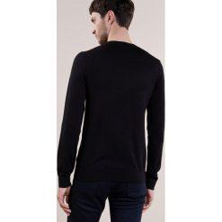 Swetry klasyczne męskie: Reiss WESSEX Sweter black