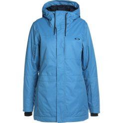 Oakley MOONSHINE Kurtka snowboardowa california blue. Niebieskie bomberki damskie Oakley, xl, z materiału, narciarskie. W wyprzedaży za 863,20 zł.