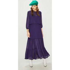 Answear - Sukienka. Szare długie sukienki ANSWEAR, na co dzień, m, z materiału, casualowe, z okrągłym kołnierzem, rozkloszowane. W wyprzedaży za 119,90 zł.