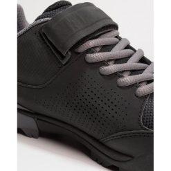 Buty skate męskie: Vaude DOWNIEVILLE Obuwie hikingowe black