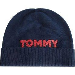 Czapka TOMMY HILFIGER - Patch Knit Bea AW0AW06184 413. Niebieskie czapki zimowe damskie marki WED'ZE, z materiału. Za 179,00 zł.