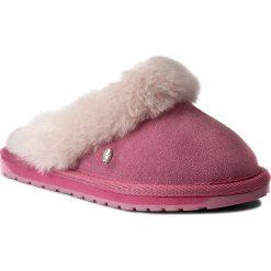 Kapcie EMU AUSTRALIA - Jolie Kids K11486 Bubblegum. Czerwone kapcie dziewczęce EMU Australia, ze skóry. W wyprzedaży za 149,00 zł.
