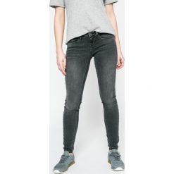 Only - Jeansy Coral. Szare jeansy damskie marki ONLY, s, z bawełny, casualowe, z okrągłym kołnierzem. W wyprzedaży za 129,90 zł.