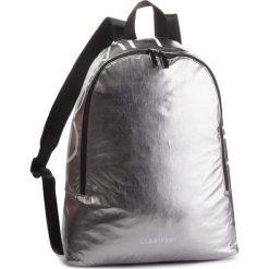 Plecak CALVIN KLEIN - Item Story Round Bac K50K503873 910. Szare plecaki damskie Calvin Klein, z materiału. Za 399,00 zł.