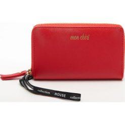 6eb3d369b386c Portfel z napisem - Czerwony. Czerwone portfele damskie House, z napisami.  Za 29