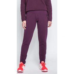 Adidas Performance - Spodnie. Czerwone bryczesy damskie marki adidas Performance, m. W wyprzedaży za 239,90 zł.