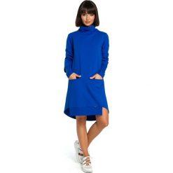 Chabrowa Dresowa Asymetryczna Sukienka z Golfem. Niebieskie długie sukienki marki Molly.pl, na co dzień, l, z dresówki, casualowe, z asymetrycznym kołnierzem, z długim rękawem, asymetryczne. Za 154,90 zł.