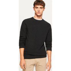 Sweter ze strukturalnej dzianiny - Czarny. Białe swetry klasyczne męskie marki Reserved, l, z dzianiny. Za 99,99 zł.