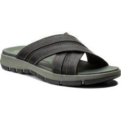Chodaki męskie: Klapki CLARKS - Brixby Cross 261315237 Black Leather