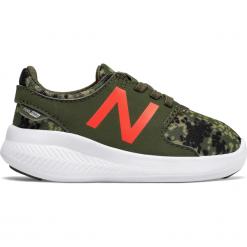 New Balance KACSTRGI. Szare buty sportowe chłopięce New Balance, z materiału. W wyprzedaży za 89,99 zł.