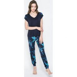 Piżamy damskie: Esotiq – Piżama