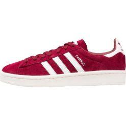 Adidas Originals CAMPUS Tenisówki i Trampki collegiate burgundy/footwear white/chalk white. Czerwone tenisówki damskie adidas Originals, z materiału. W wyprzedaży za 341,10 zł.