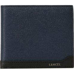 Lancel THE CLASSIC WALLET Portfel petrol/black. Niebieskie portfele męskie Lancel. Za 689,00 zł.