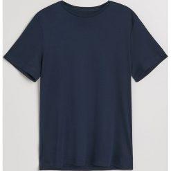 Gładki t-shirt - Granatowy. Niebieskie t-shirty męskie marki QUECHUA, m, z elastanu. Za 49,99 zł.