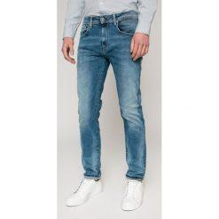 Pepe Jeans - Jeansy Bradley. Niebieskie jeansy męskie regular Pepe Jeans. W wyprzedaży za 269,90 zł.