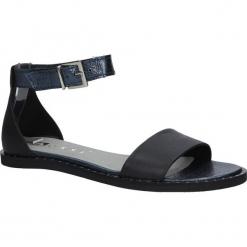 Czarne sandały skórzane płaskie moro z paskiem wokół kostki Nessi 18372. Czarne sandały damskie marki Nessi, z materiału, na obcasie. Za 215,99 zł.
