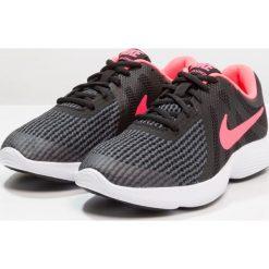Nike Performance REVOLUTION Obuwie do biegania treningowe black/white/racer pink. Czarne buty sportowe dziewczęce Nike Performance, z materiału, do biegania. Za 189,00 zł.