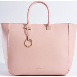 Torebki i plecaki damskie: Duża torebka z odpinanym paskiem - Różowy