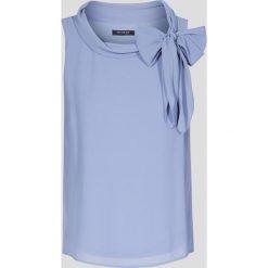Bluzki asymetryczne: Bluzka z wiązaniem przy szyi