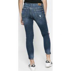 Sublevel - Jeansy. Niebieskie jeansy damskie marki House, z jeansu. W wyprzedaży za 129,90 zł.