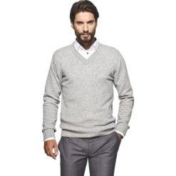 Sweter carbello w serek szary. Szare swetry klasyczne męskie Recman, na zimę, m, z jeansu, dekolt w kształcie v. Za 29,99 zł.