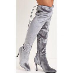Szare Kozaki Holla. Szare buty zimowe damskie marki Born2be, z materiału, ze szpiczastym noskiem, na wysokim obcasie, na szpilce. Za 119,99 zł.