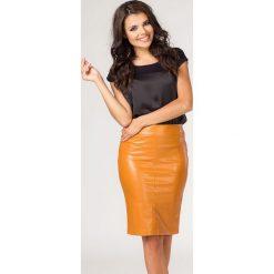 Spódniczki: Musztardowa Elegancka Ołówkowa Spódnica z Eko -skóry do Kolana