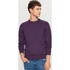 Gładki sweter - Fioletowy. Fioletowe swetry klasyczne męskie marki Reserved, l, z bawełny. Za 79,99 zł.