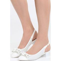 Białe Sandały Blue Magic. Białe sandały damskie na słupku Born2be, z materiału, na wysokim obcasie. Za 59,99 zł.