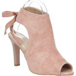 Różowe sandały na obcasie z kokardą Sergio Leone 1493. Czarne sandały damskie marki Sergio Leone. Za 89,99 zł.
