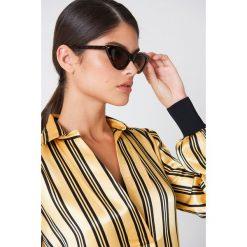 NA-KD Accessories Okulary przeciwsłoneczne Pointy Cat Eye - Brown. Brązowe okulary przeciwsłoneczne damskie lenonki marki NA-KD Accessories. Za 60,95 zł.