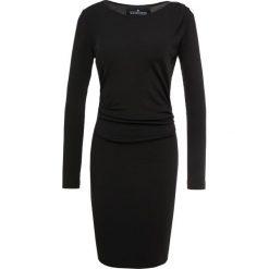 DESIGNERS REMIX MELODY DRESS Sukienka dzianinowa black. Białe sukienki dzianinowe marki DESIGNERS REMIX, polo. Za 609,00 zł.