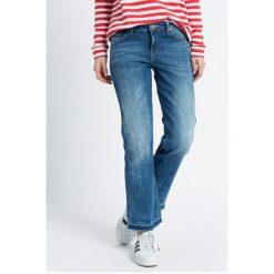 Lee - Jeansy Cropped Boot Custom. Niebieskie jeansy damskie bootcut Lee. W wyprzedaży za 179,90 zł.