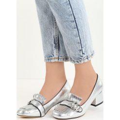 Srebrne Czółenka Ian. Szare buty ślubne damskie marki Born2be, ze skóry, na niskim obcasie, na słupku. Za 69,99 zł.
