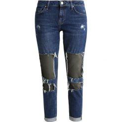 Topshop LUCAS Jeansy Slim Fit indigo. Niebieskie jeansy damskie marki Topshop, z bawełny. W wyprzedaży za 188,30 zł.