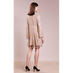 Sukienki hiszpanki: Patrizia Pepe ABITO DRESS Sukienka koktajlowa simply beige