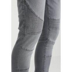 Urban Classics Jeansy Slim Fit grey. Niebieskie jeansy męskie relaxed fit marki Urban Classics, l, z okrągłym kołnierzem. Za 209,00 zł.