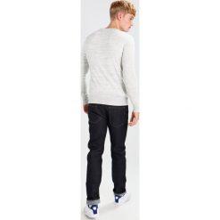 Swetry męskie: Superdry ORANGE LABEL CREW Sweter concrete grindle