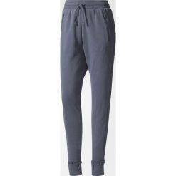 Adidas Spodnie damskie Low Crotch PANTBR4624  grafitowe r. 34  (BR4624). Czarne spodnie sportowe damskie marki Adidas, l, z bawełny. Za 274,00 zł.